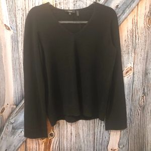 NWT THEORY BLACK VNECK 100% CASHMERE SWEATER